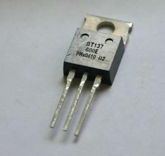 AOYUE rezervni del BT137 600E Triac tranzistor